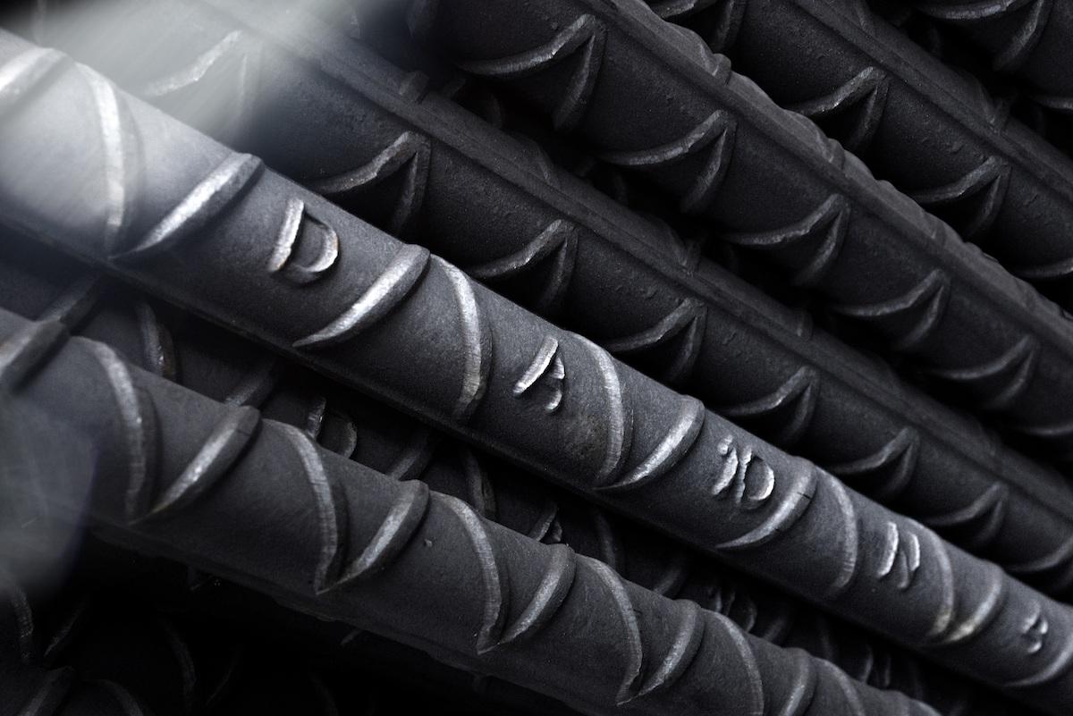 ¿De qué depende el precio del acero?
